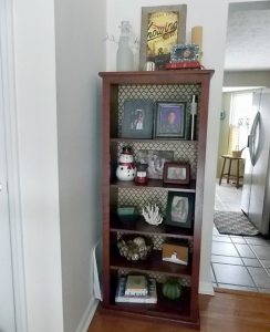 wrapping-paper-book-shelf