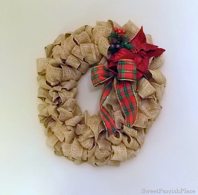 i made this wreath in the fall of 2012 and have decorated for every season since i wanted to show you what it looks like for christmas - Christmas Burlap Wreath