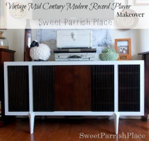 Vintage Mid Century Modern Record Player Makeover