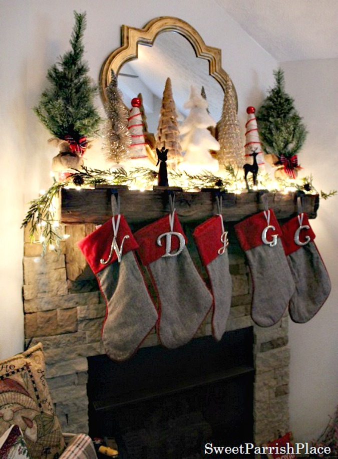 Rustic Woodsy Christmas Mantle