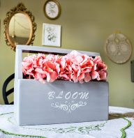 Trashtastic Treasures- Turn an Old Toolbox Into a Centerpiece