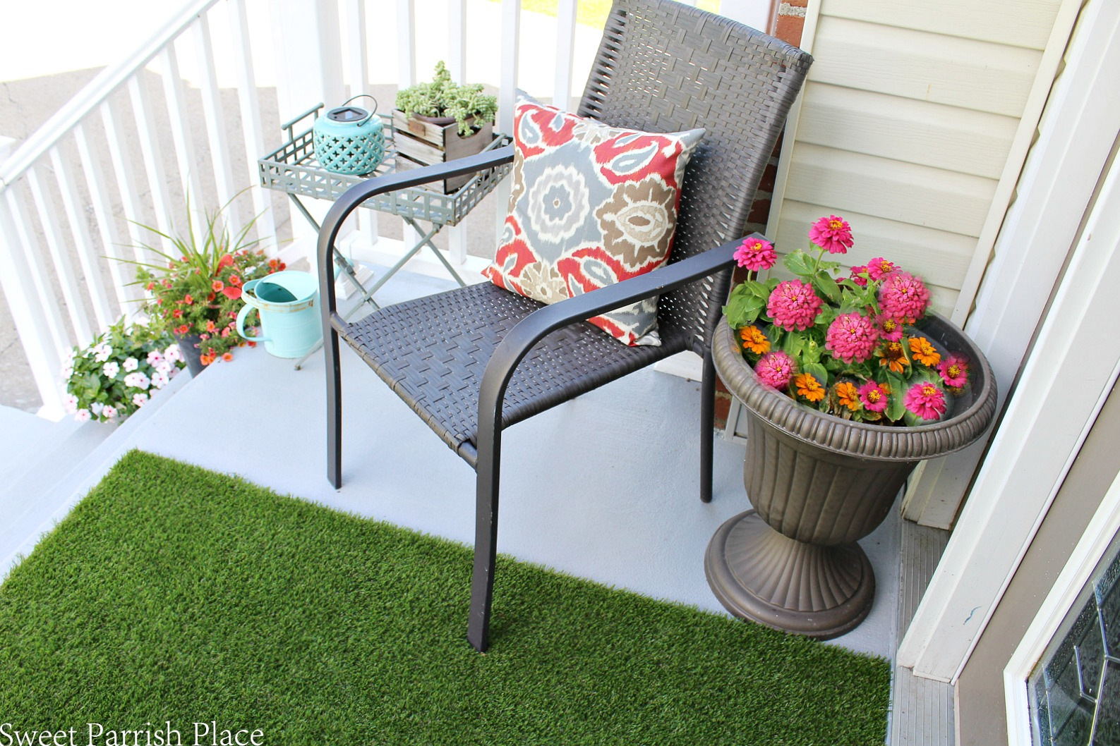 front stoop makeover artificial grass runner