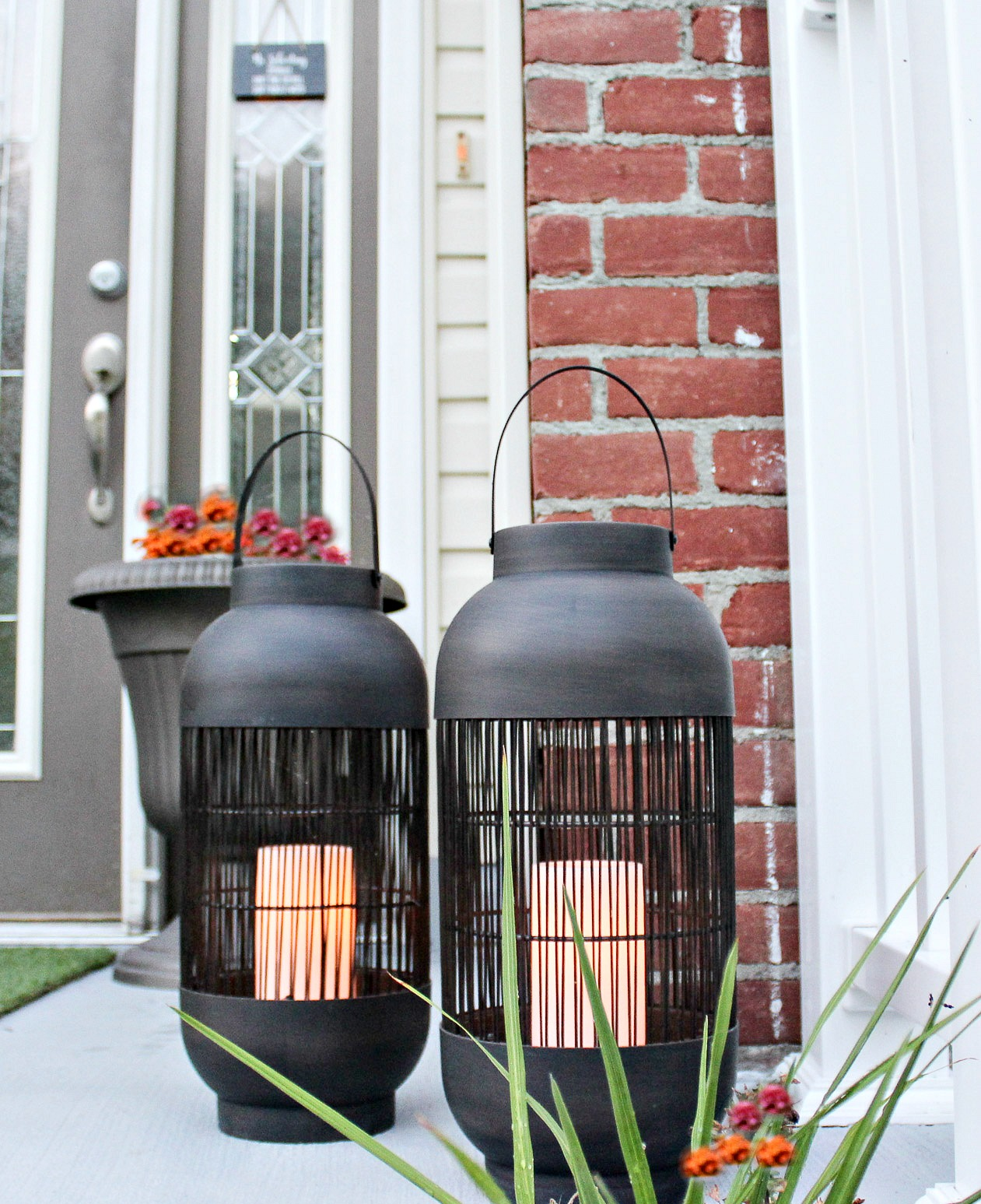 front stoop makeover-LED lanterns