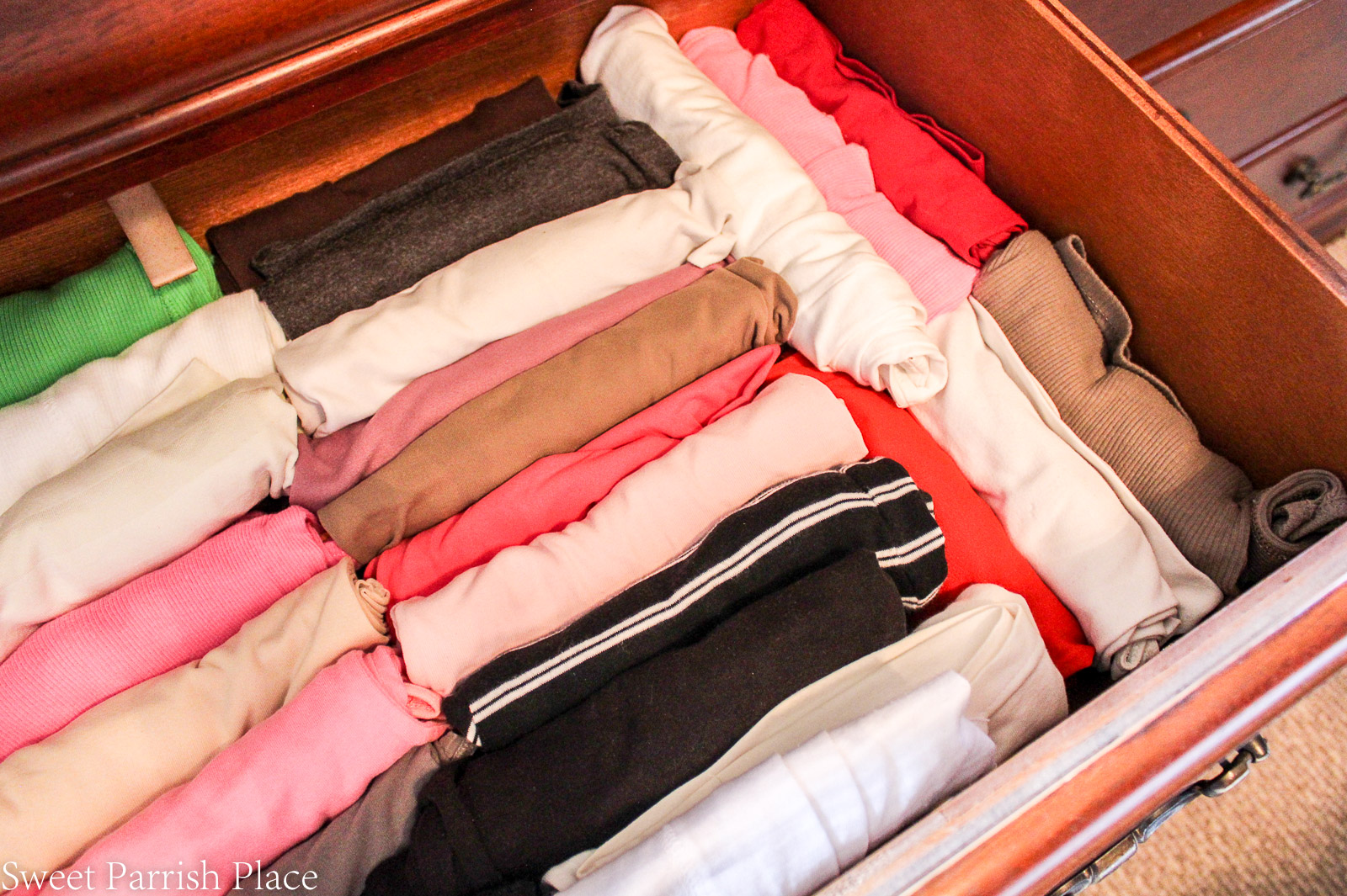 5 ways to organize your drawers