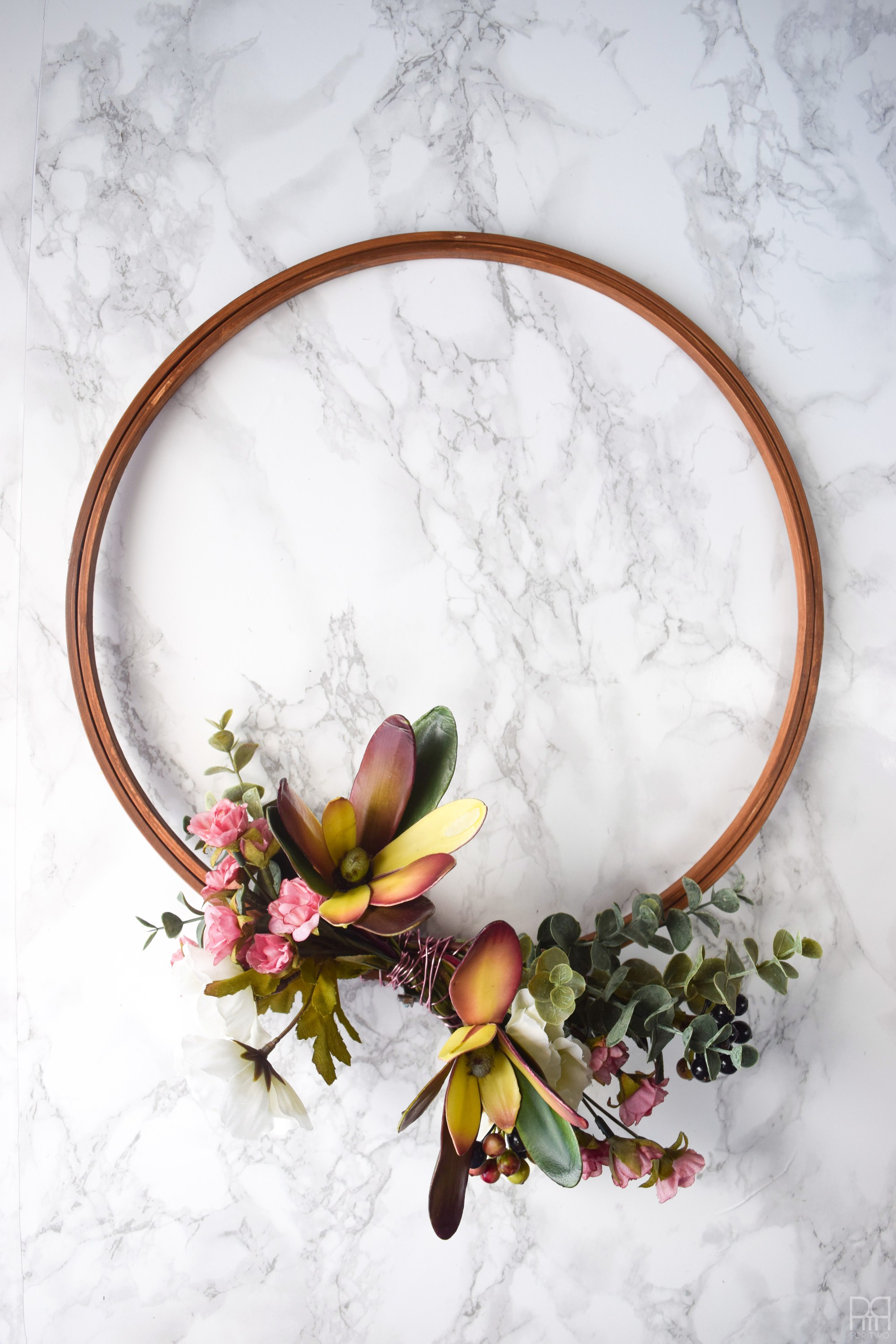 Modern-moody-fall-wreath