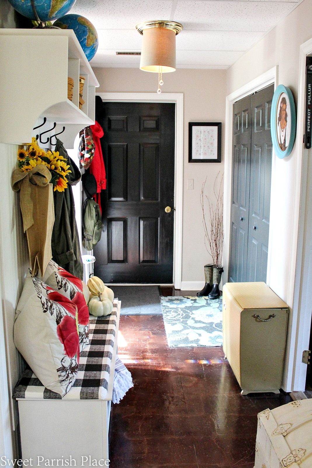 Fall home tour fall mudroom