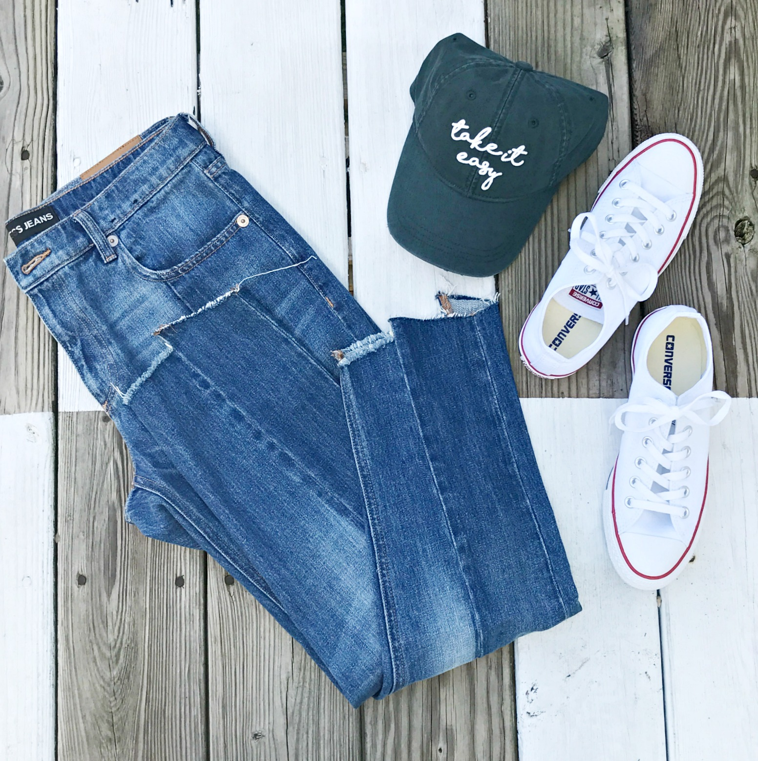 Express jeans, American eagle hat, converse