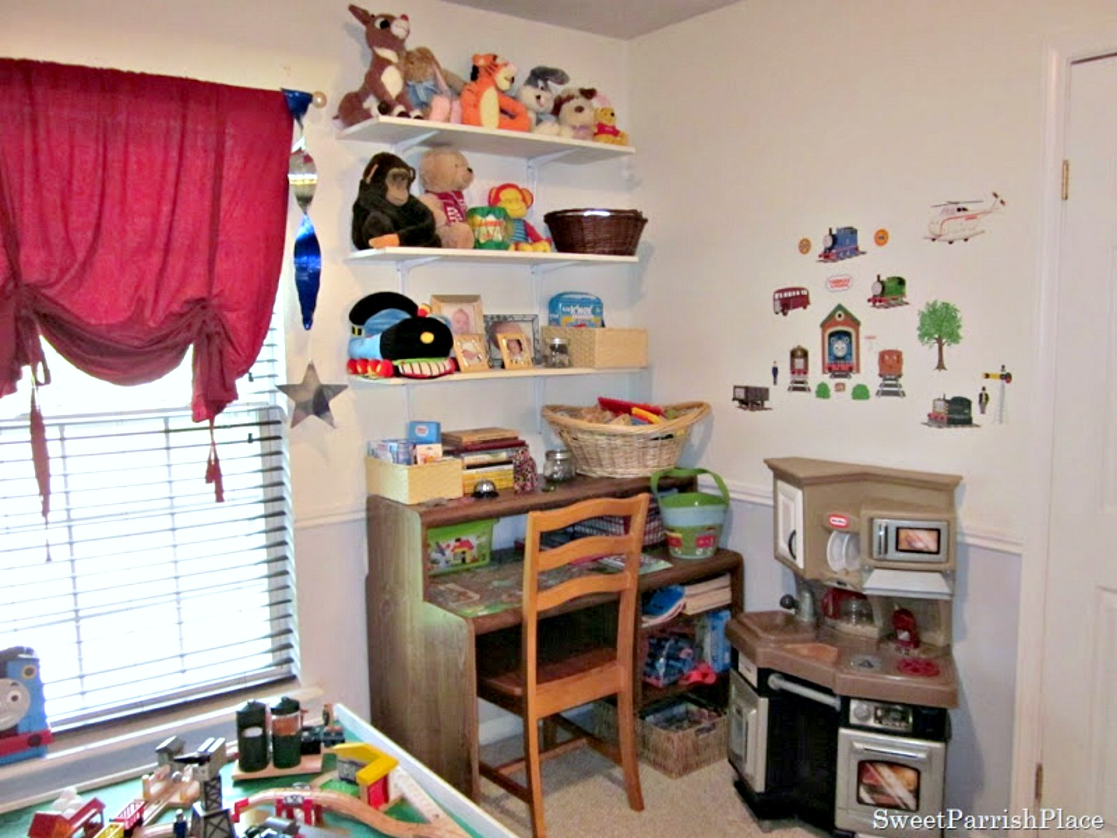 boys bedroom makeover before