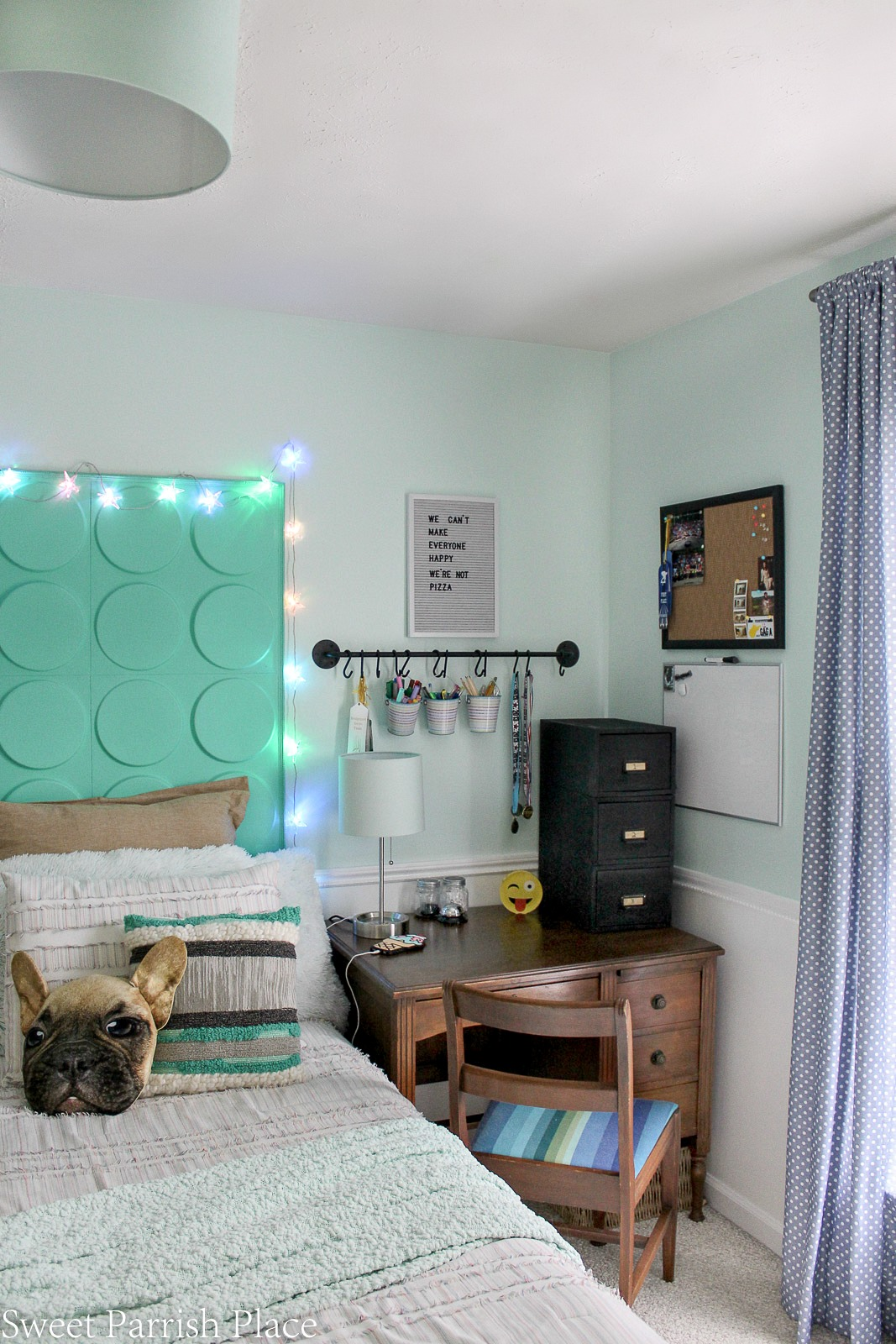boys bedroom makeover reveal 13