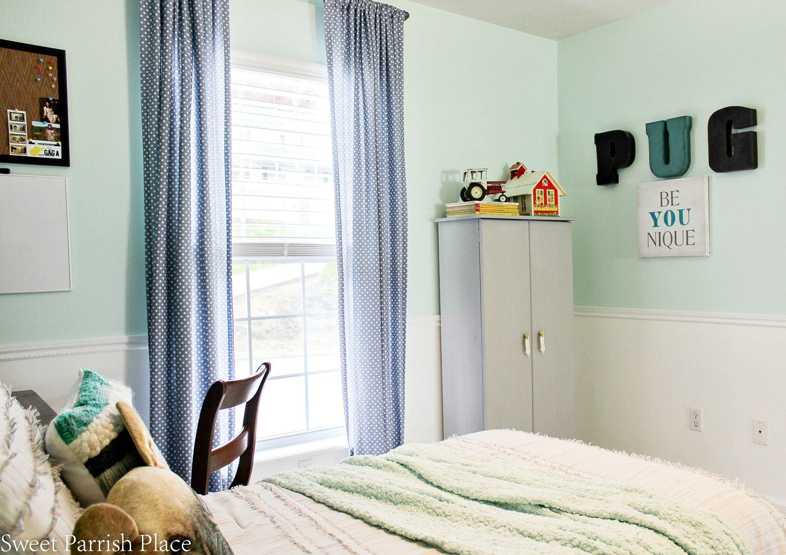 boys bedroom makeover reveal 3