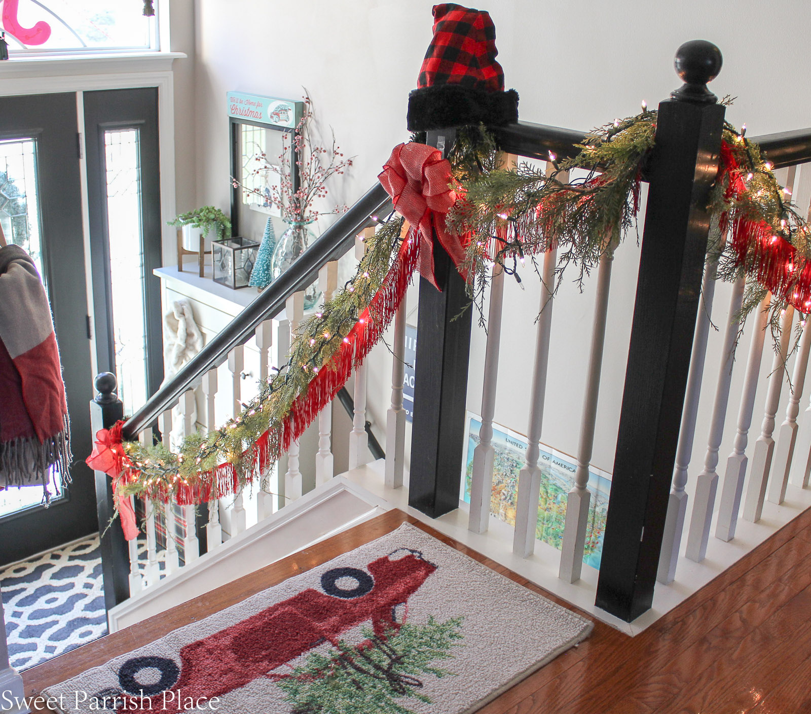 boho chic Christmas entryway 5