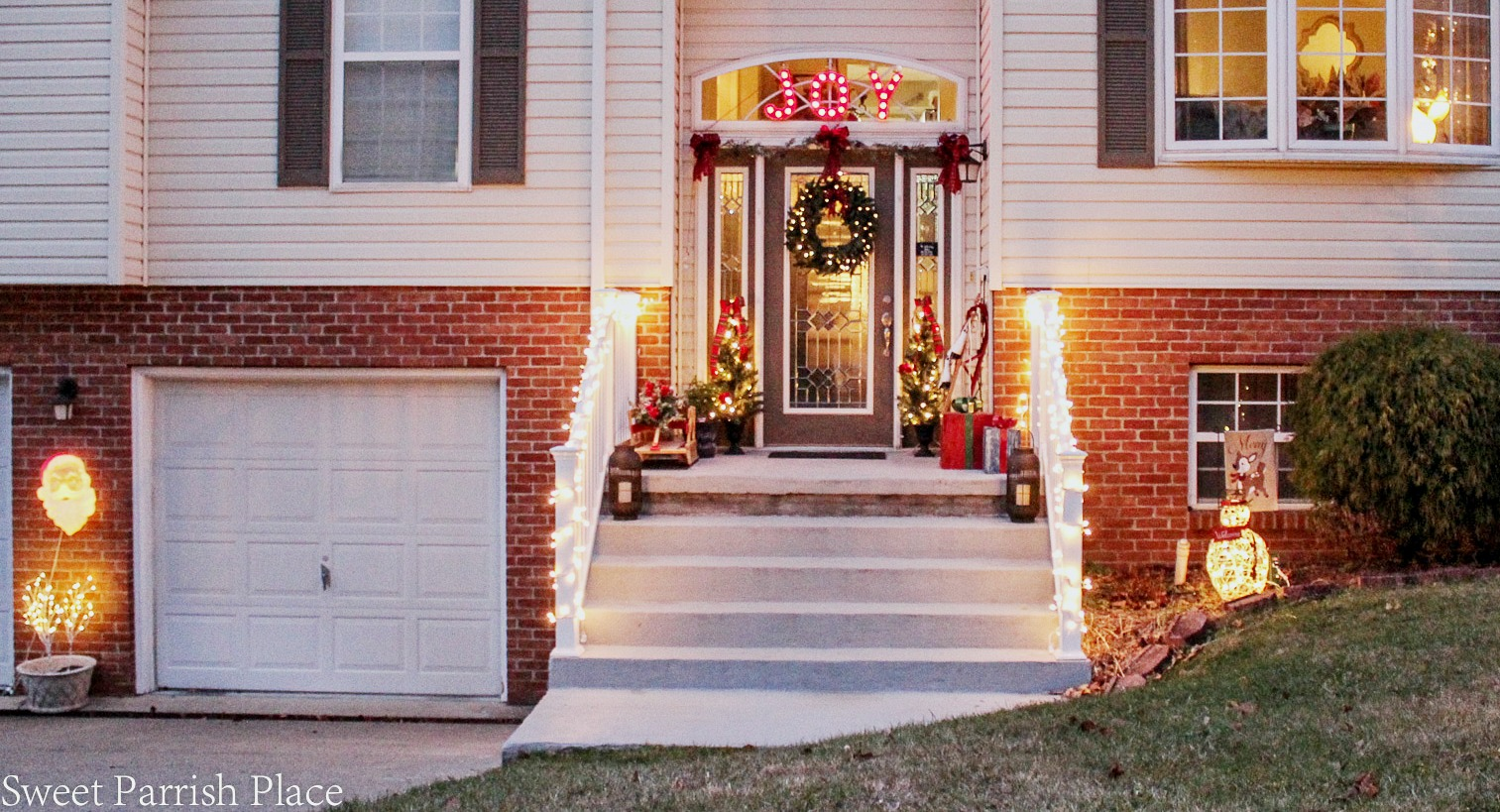 exterior Christmas decorations