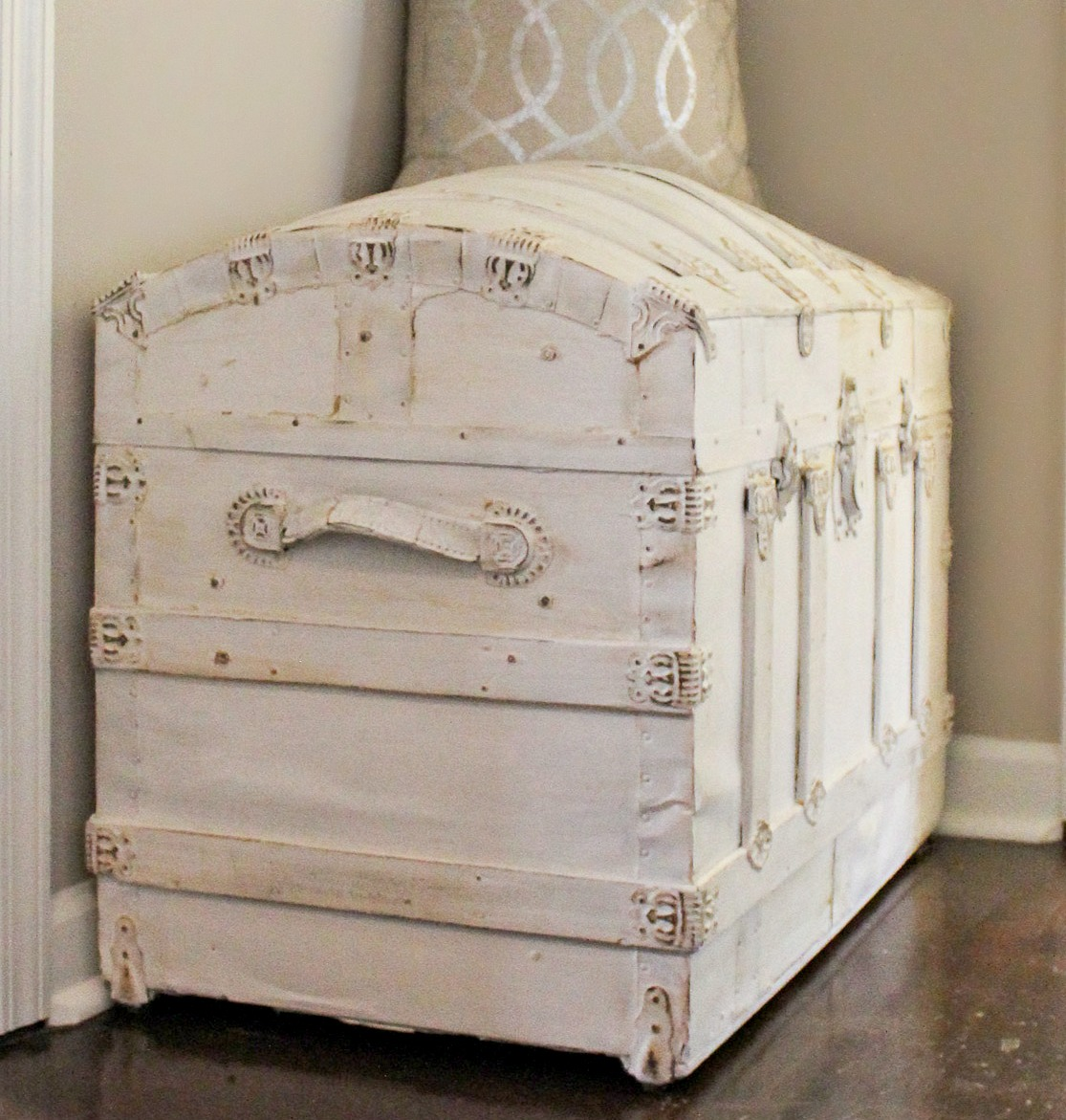 vintage trunk with chalk paint