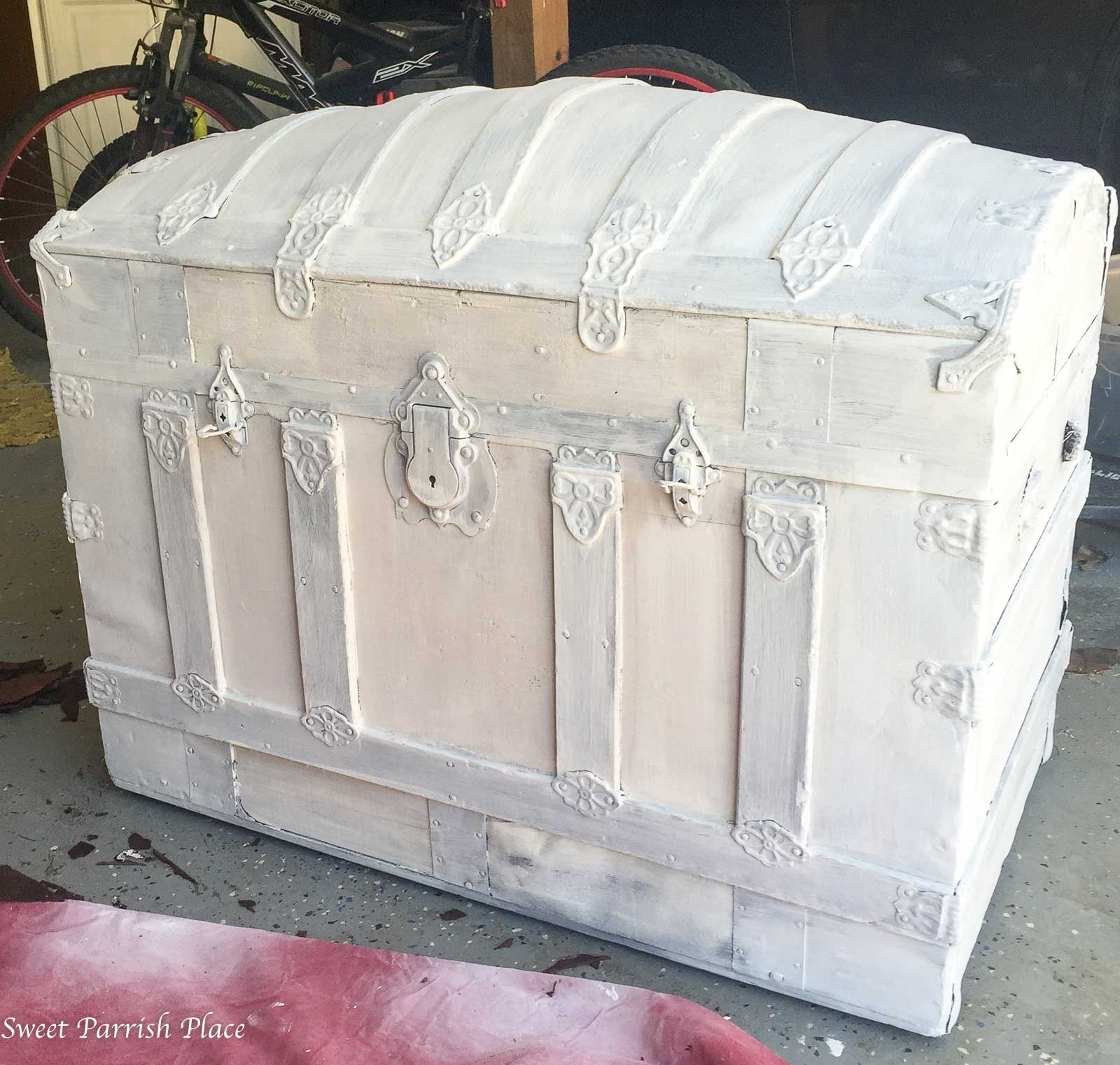 vintage trunk makeover process