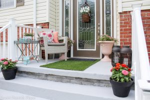 New Landscaping and Summer Front Stoop