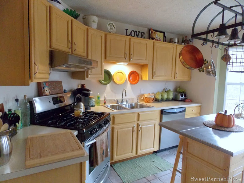 painted kitchen cabinets using rustoleum transformations