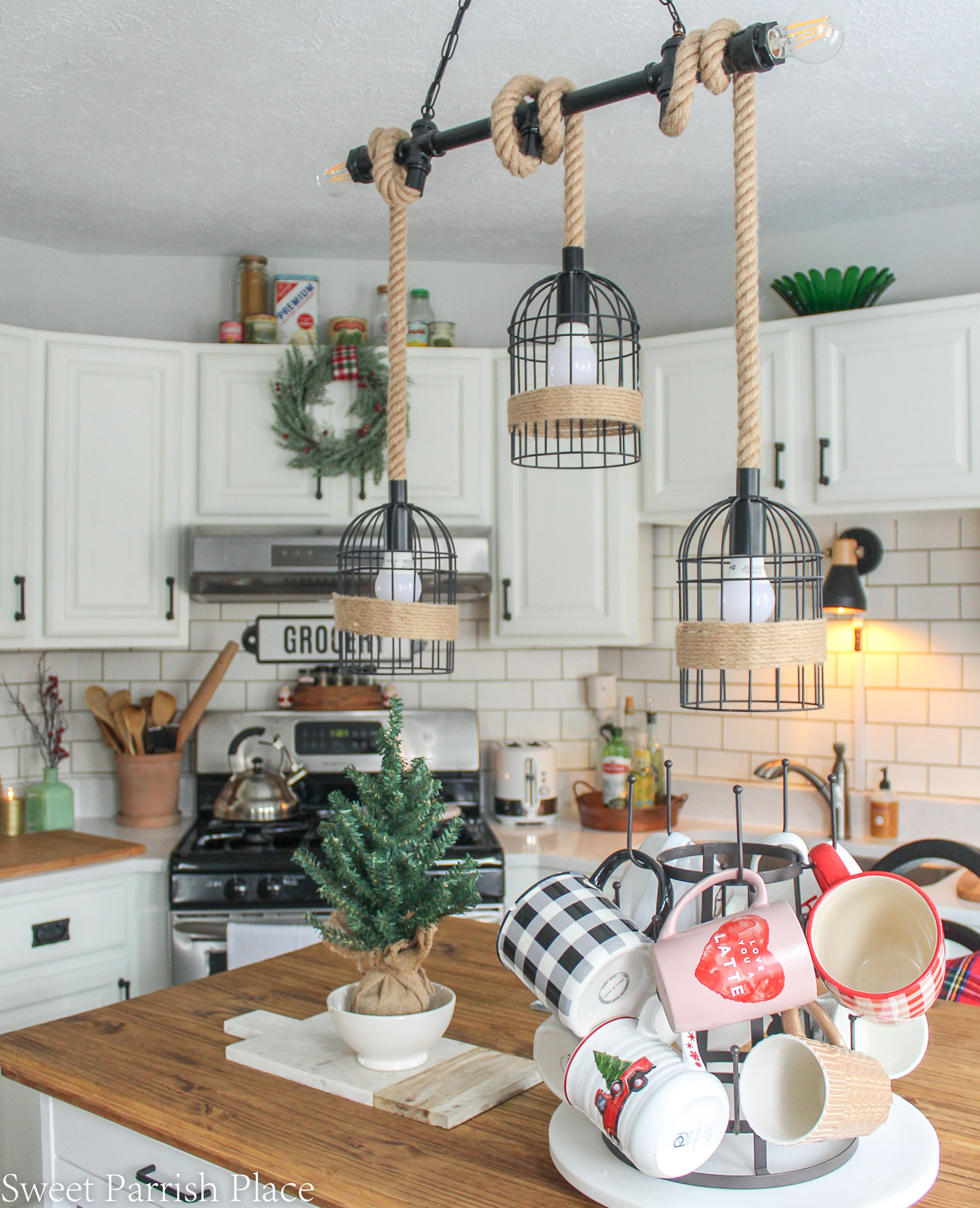Christmas in my new kitchen- farmhouse island light