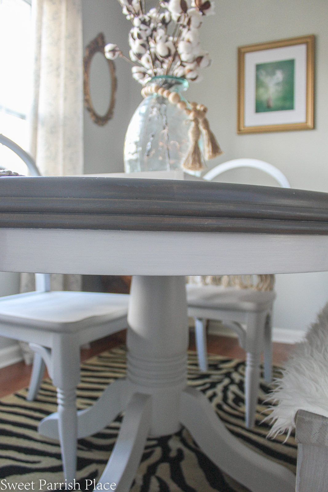 weathered grey dining table makeover - side of table and base