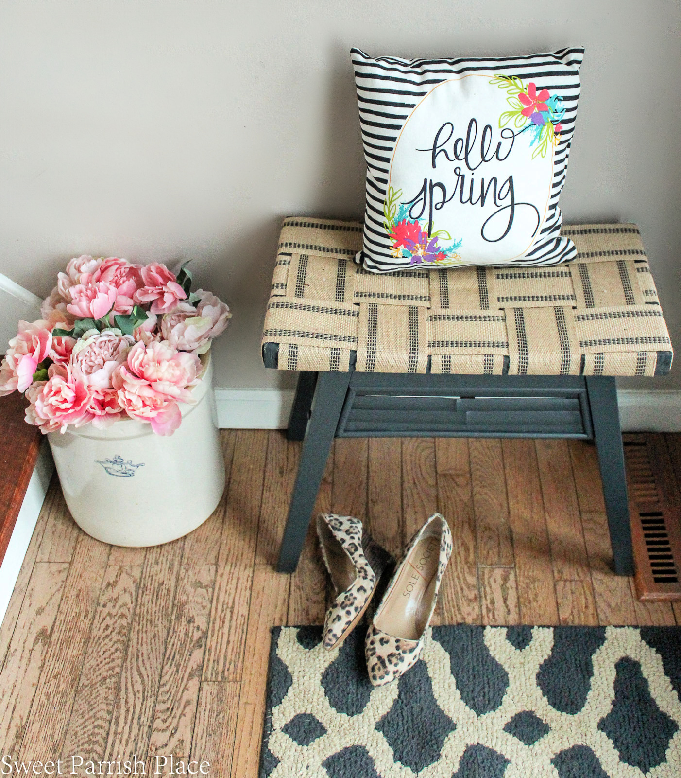 DIY bench makeover tutorial