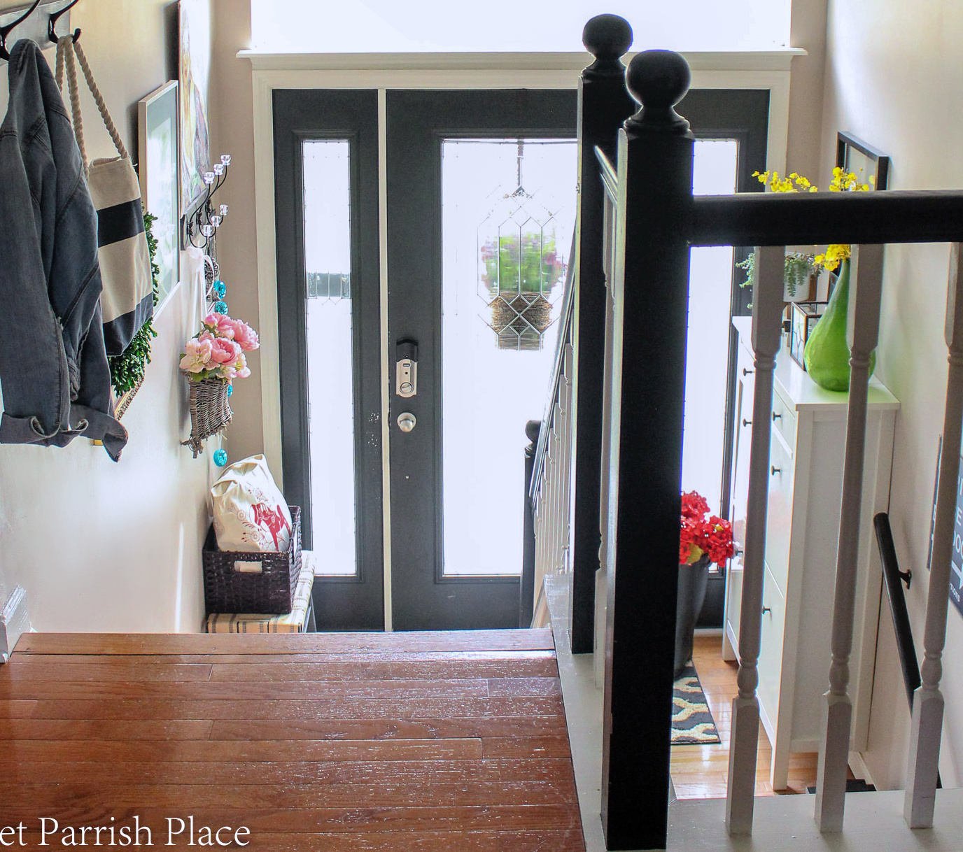 2019 Spring Entryway view from top of stairs