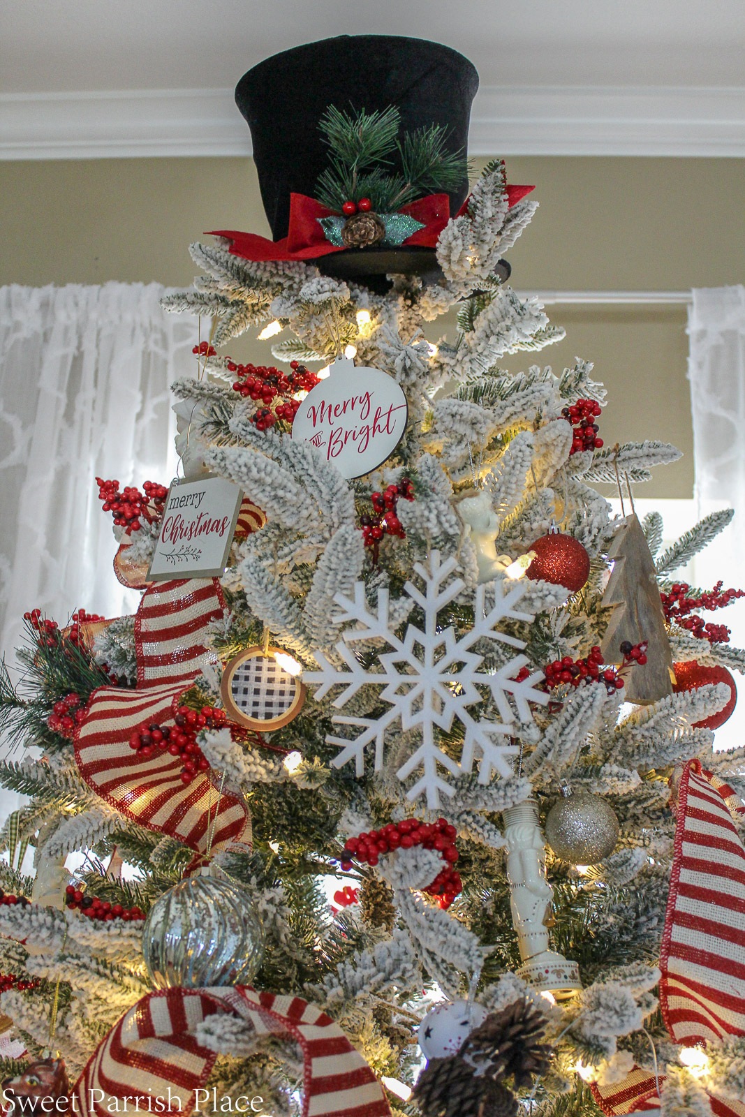 prairie house christmas tree frosty the snowman hat topper