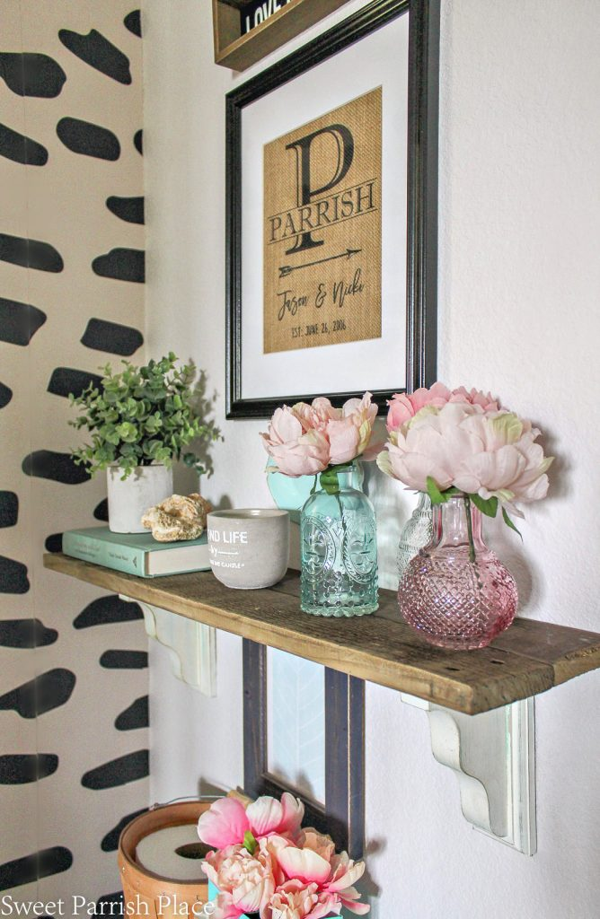 DIY wooden pallet shelf styled