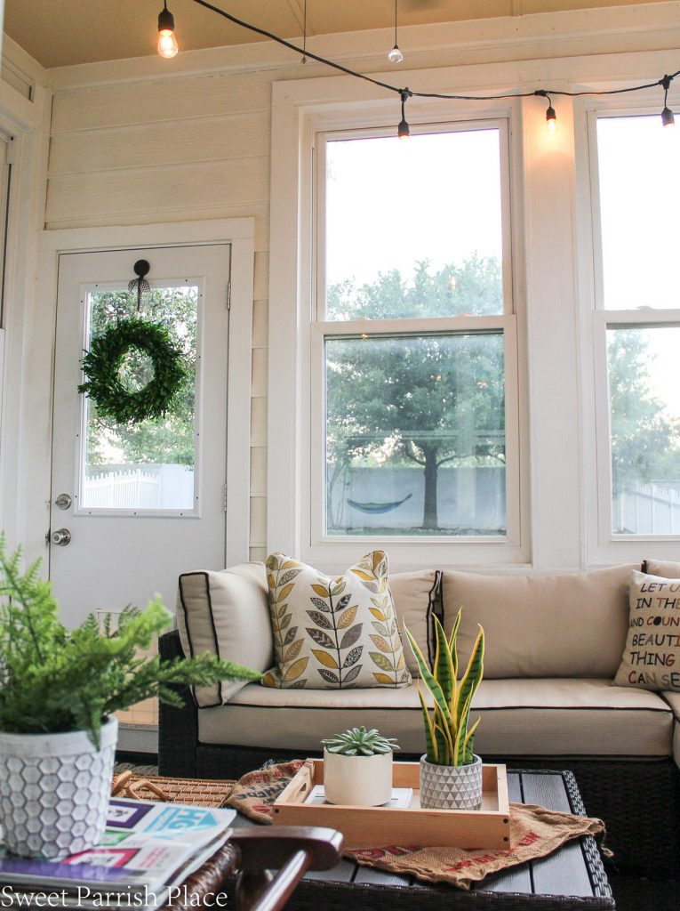 Sunroom makeover in modern farmhouse style