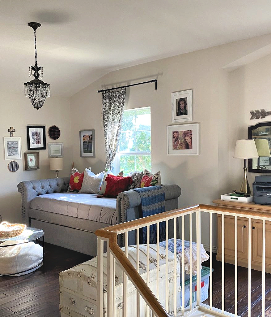 Bonus Room with daybed