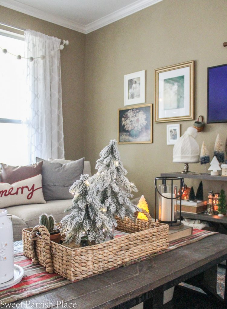 cozy and casual Christmas - living room decor